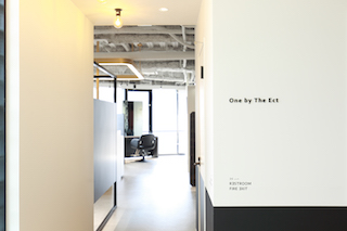 One by The Ect 梅田茶屋町店